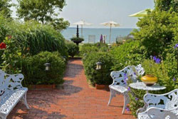 southampton dog friendly cottage pet friendly vacation rental in the hamptons